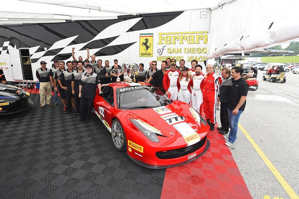 Sê-ri Le Mans Mỹ ở Monterey được giới thiệu Patron